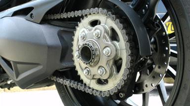 chaine moto